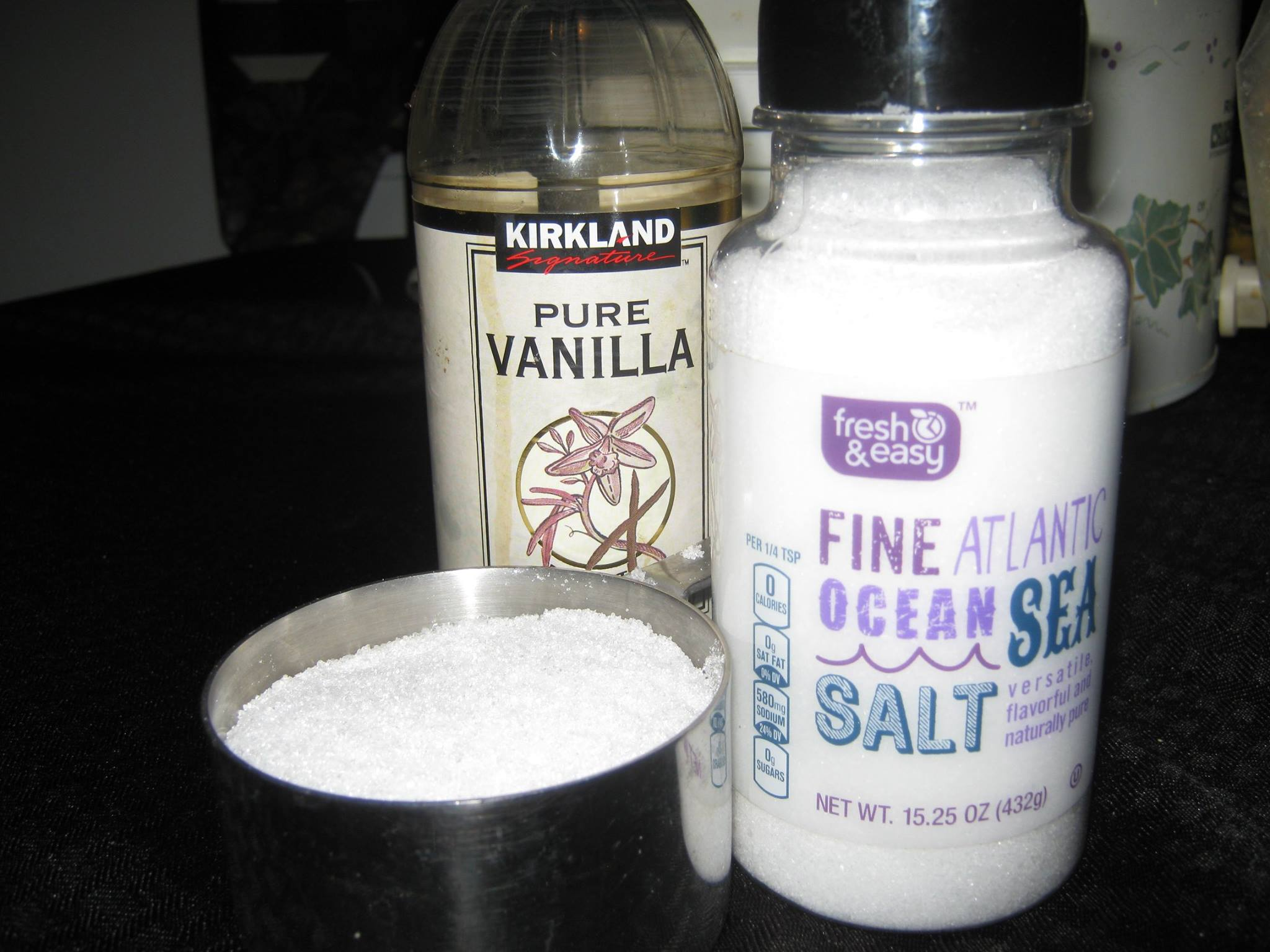 Salt, xylitol and vanilla