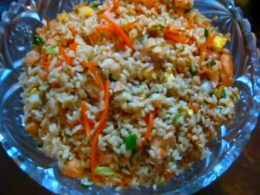 Glass bowl full of fried rice