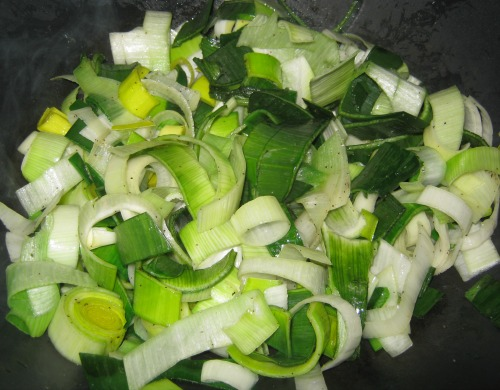 Cut and cooked leeks