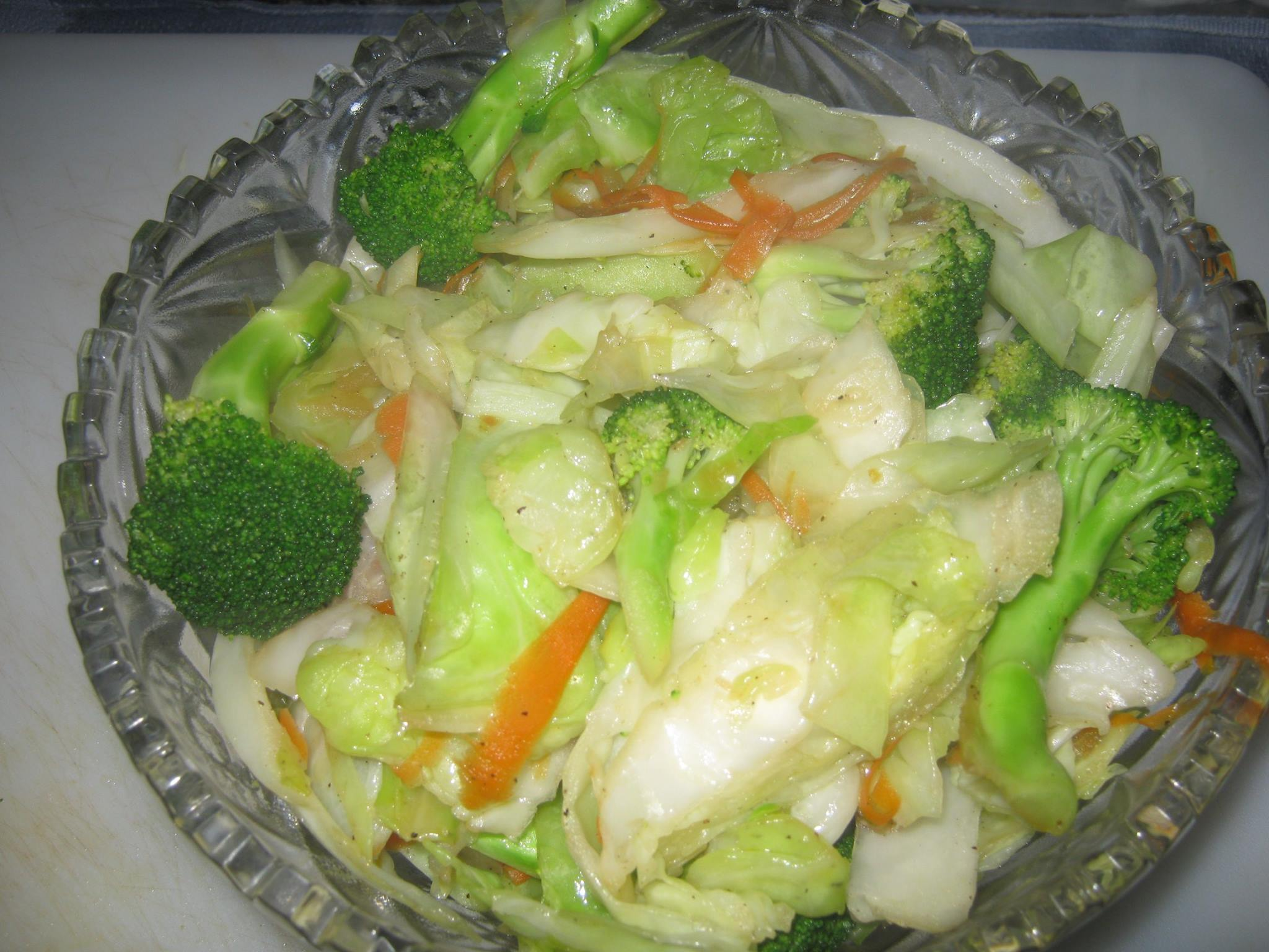 Mixed vegetable recipe in a glass bowl